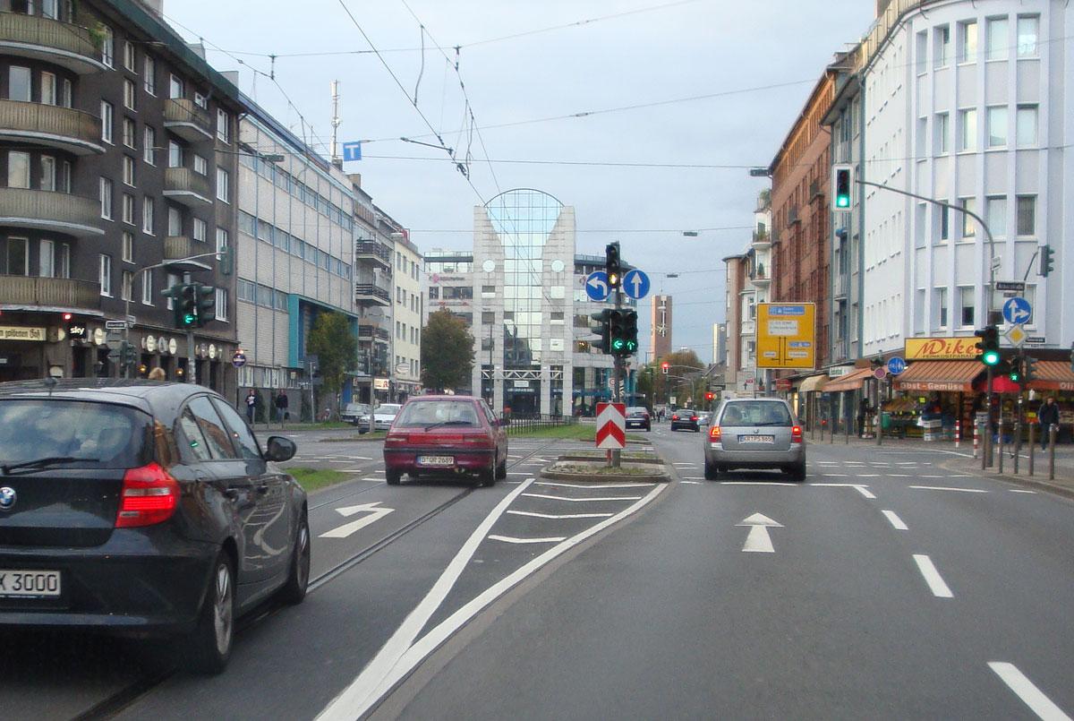 UPDATE: Hoffnung für Kamikaze-Kreuzung Ackerstraße / Dorotheenstraße?